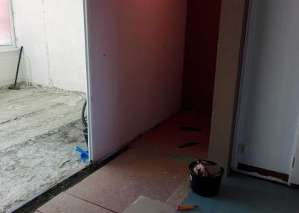 Bonifác - kde nezůstane panel na panelu