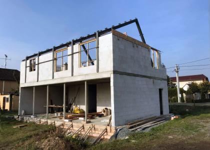 Stavba pasivního domu pro mladou rodinu