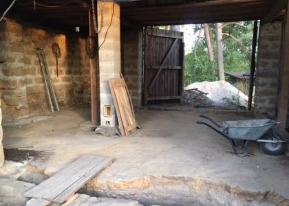 Rekonstrukce stodoly, hnízdíme :)